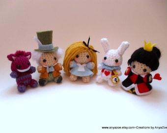 Alice in Wonderland Amigurumi Set