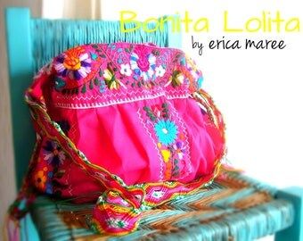Crossbody Handbag Bohemian in Pink with Mexican Embroidery wuth Macrame Strap.