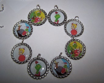 Grinch Party Favors / Grinch Bottle Cap Necklaces / Christmas Party Favors