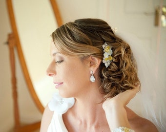 MADE TO ORDER - wedding haircomb - bridal hair piece - repurposed vintage wedding accessoires - something old - bridesmaids gifts