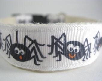 Hemp dog collar - Dancing Spiders