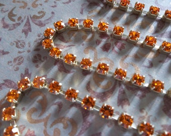 Rhinestone Chain Sun Orange Preciosa Czech Crystal 3mm in Brass Setting - Qty 1 yard