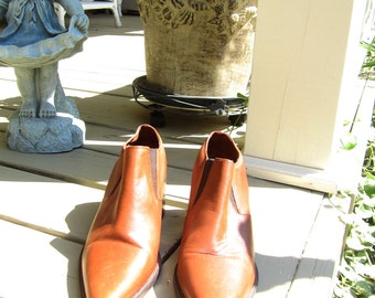 Vintage Candies Tan Leather Shoes - Size 8 M