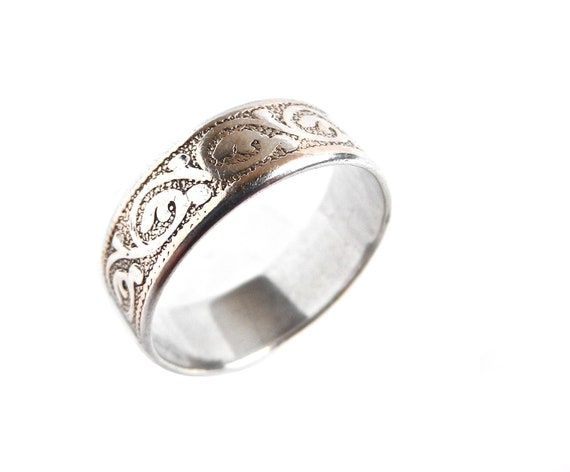 Vintage Sterling Silver Filigree Ring Band -  Size 6.5 Jewelry / Rustic Scrolls