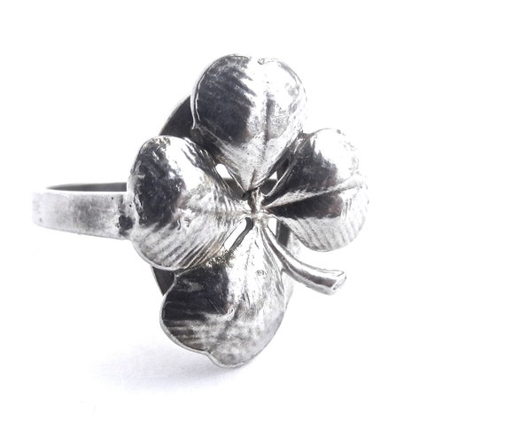 Vintage Four Leaf Clover Ring -   Sterling Silver Size 7 Jewelry / Lucky Charm