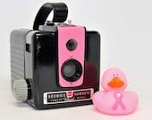 CAMERA, PINK Working Kodak Brownie Hawkeye Flash