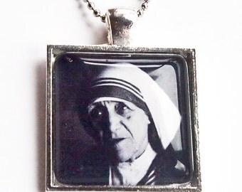Blessed Teresa of Calcutta glass pendant