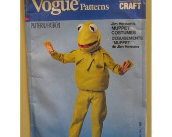Kermit the Frog Costume Sewing Pattern, Mask, Muppets TV Show, Vogue No. 8476 Child Size 2-12 Small-Large