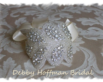 Wedding Cuff Bracelet, Rhinestone Crystal Bridal Cuff Bracelet, Jeweled Cuff, Rhinestone Bracelet, Bridesmaid Bracelet, Gift, No. 3040CB