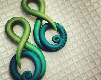 Color Fade Detailed Music Note - Earrings for Stretched Lobes - Gauges