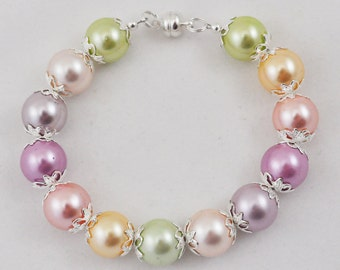 Multi Color Shell Pearl Bracelet, Beaded Bracelet, Large Round Pearls, Magnetic Closure, Colorful, Light Pastel