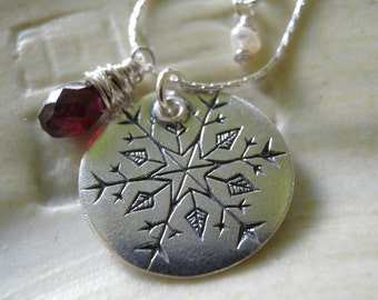 January Birthday, Snowflake Jewelry Garnet January Birthstone, Silver Snowflake Necklace, Etched Pendant , Winter Necklace, Holiday Sale