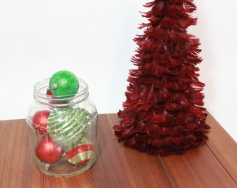 Glass Jar: 1 gallon glass jar perfect for decorating for holidays, holding utensils, fruit, flowers and as a center piece