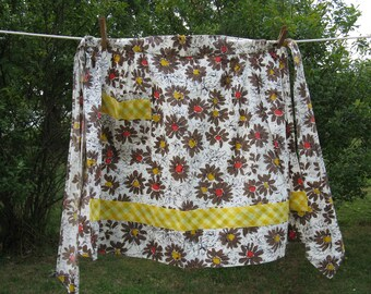 wildflower floral apron pocket gingham check cotton country cottage romantic french farmhouse