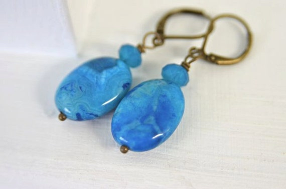 Turquoise Stone and Crystal Earrings made with Agate and Swarovski Crystals, Beachy Ocean Earrings