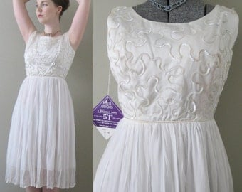 Sparkling Swan Chiffon Vintage 50s Party Dress - NOS Deadstock Snow White Sequin Prom Fashion Windsor Petite Junior Wedding Bridal Unworn S