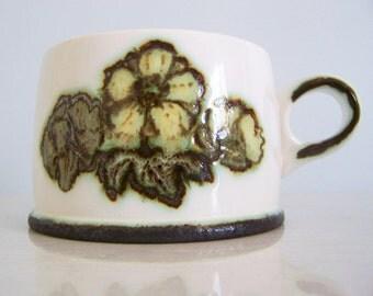 Set of Four (4) Wedgwood Primrose Cups