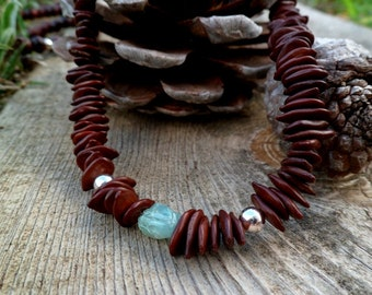 Rough apatite and seeds necklace. Handmade. necklace