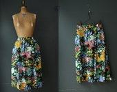 Floral Skirt / Vintage 80s Black Floral Skirt / Summer Garden