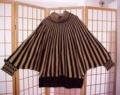 Stunning Vintage 70s 80s Batwing Cowl Neck Knit Sweater Black Gold Metallic Stripes Plus Size 4X