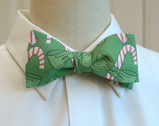Men's Bow Tie, holiday green bow tie, bows/candy canes, fun Christmas bow tie, Christmas party bow tie, holiday party bow tie, green bow tie