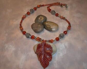 Pre-Summer SALE! Beautiful Carnelian And Labradorite Leaf  Necklace