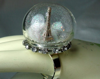 Snowglobe Ring.Paris In Winter. Eiffel Tower.Snow Globe. Statement.