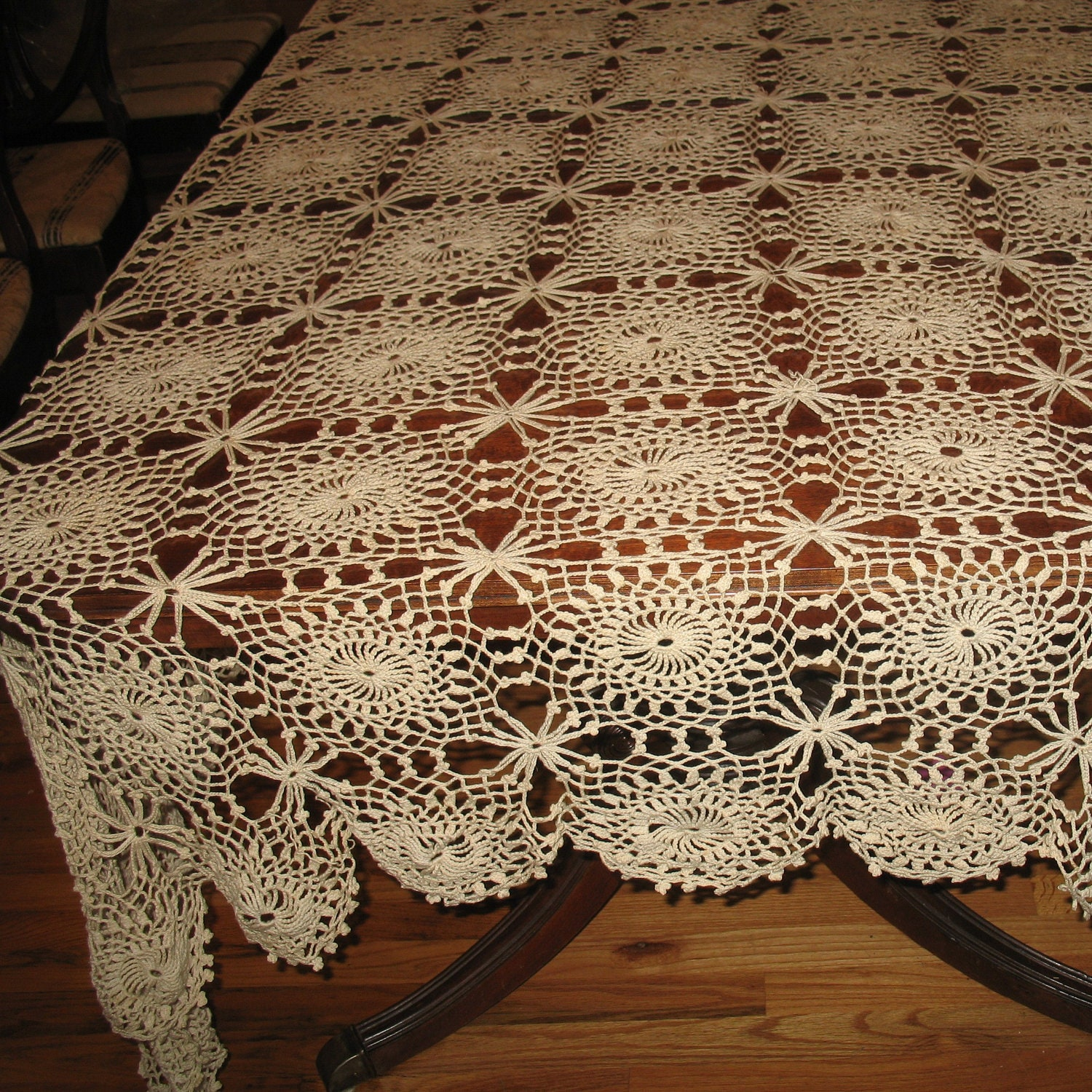 vintage hand crocheted tablecloth lacy crochet tablecloth. Black Bedroom Furniture Sets. Home Design Ideas