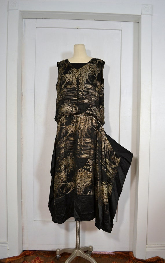 RESERVED //// 1920's Vintage Dress // Black & Metallic Silk  Flapper Dress w/ Art Nouveau Tree Design // Large