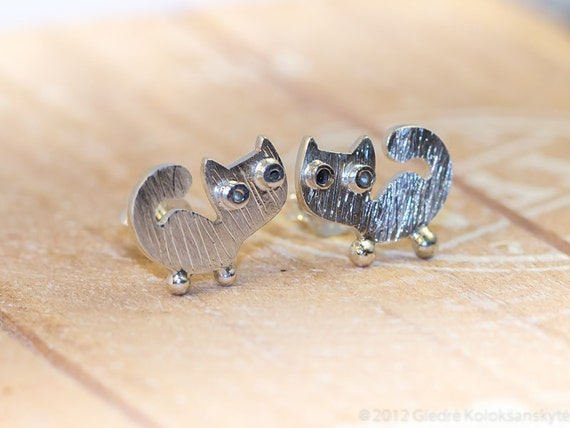 Kitty CAT Stud Earrings Scratched Surface Sterling Silver Mini Zoo series