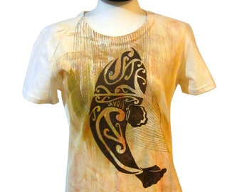 Hand Painted Maori Whale Tattoo illustrative T-Shirt Women's Medium