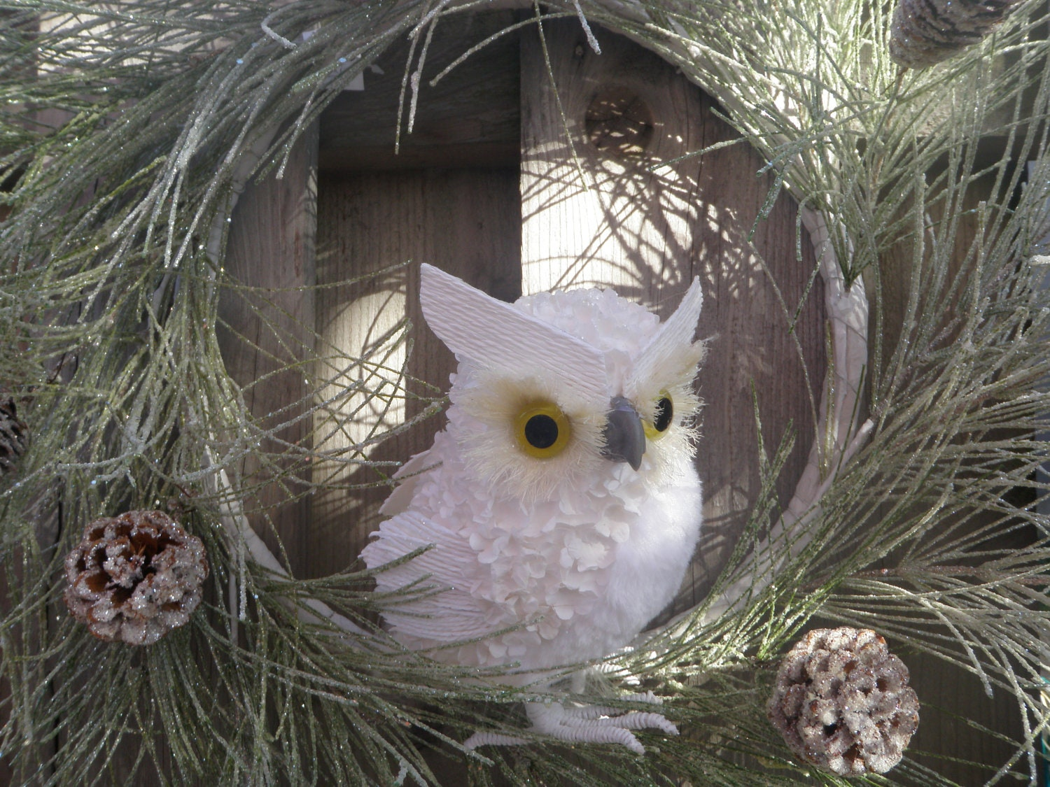 Winter Holiday Owl Front Door Wreath Snow Glittered Pine Cone