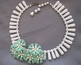 Vintage Mint Green Earrings and Necklace