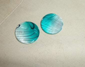 Shells, 25mm, turquoise blue and white, works of art, set of 2pcs