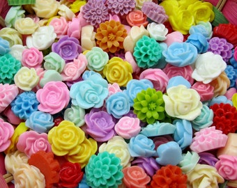 Assorted color / resin beads / Mixed Flower / Cabochon Resin flowers BY RANDOM 50pc