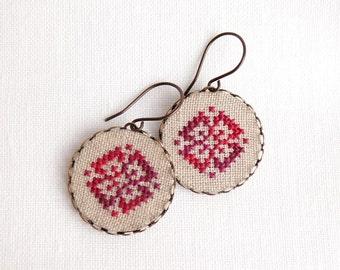 Cross stitch earrings Ethnic ornament in melange red - e010