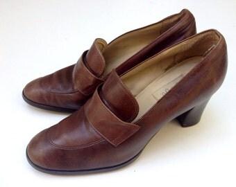 Vintage 90's /// 9&Co. Tan Leather Pumps ///