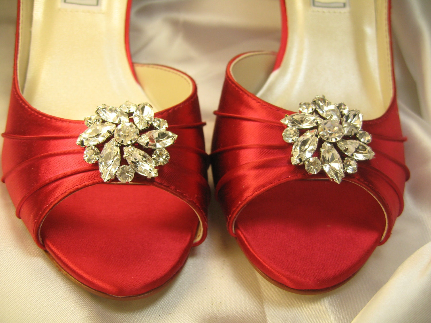 Wedding Heels With Rhinestones: Chandeliers & Pendant Lights