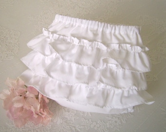 On Sale! White Ruffle Bottom Baby Bloomers size 3 to 6 mo,Ruffled Baby Panties, Ruffled Diaper Cover, Ruffled Knickers