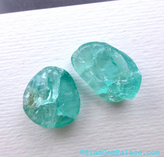 APATITE COOKiES. Rough Top Natural Surface. Free Form Shapes. 2 pc. 11.60cts. 12x12 and 10x15mm (AP344)