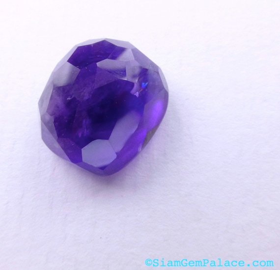 AfrICan AMETHYST. Microfacet CuShIoN Cut. RoCk CAnDy GeM. African Grape Jelly. 1 pc. 16.73 cts. 16x14x11mm  (AM85)