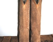 vintage BOOTS size 8-9