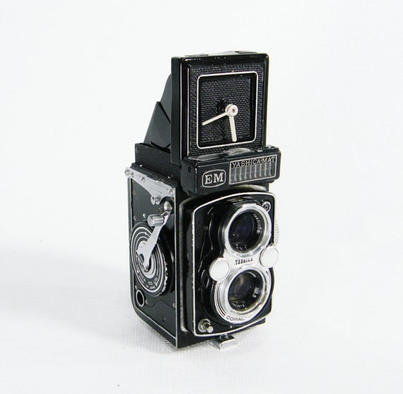 Upcycled Camera Clock Vintage