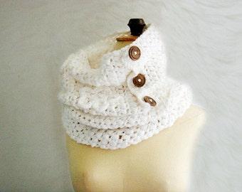 Crochet Pattern Tutorial Button up Scarf, Crochet Cowl Pattern, Neckwarmer Crochet Pattern, Snood Pattern, 31