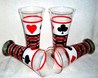 Beer Glasses Hand Painted Hearts Spades Diamonds Clubs set of 2 or 4 - 20 oz  Tall Beer Glasses Painted Beer Glasses Cards Red Black White