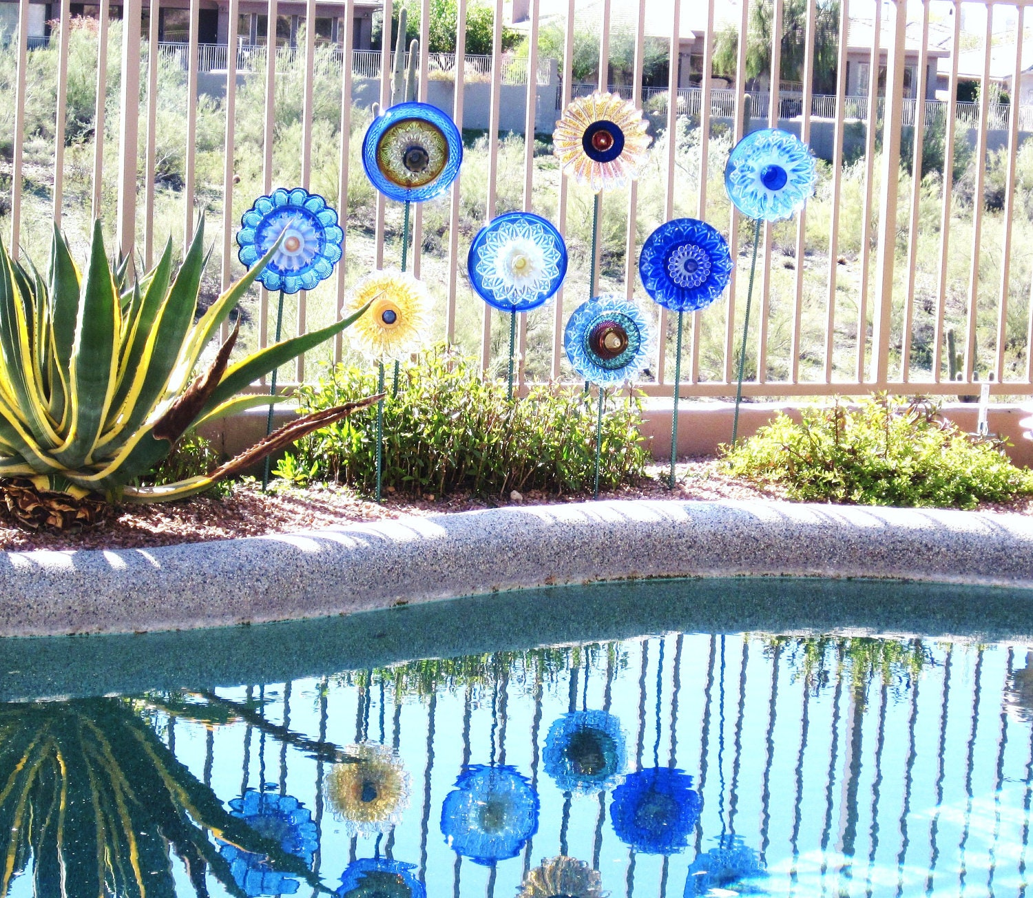 Garden Art Cobalt Blue Glass Plate Flower Yard Stake