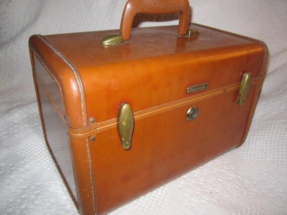 vintage 1950s brown samsonite train case traveller travel. Black Bedroom Furniture Sets. Home Design Ideas