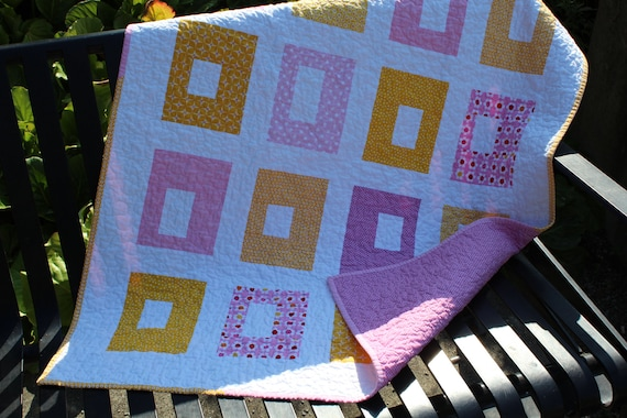 Baby Girl Buttonhole Quilt