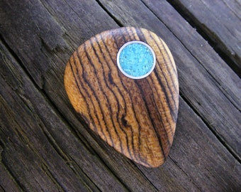 Boutique Bocote Guitar Pick with Turquoise