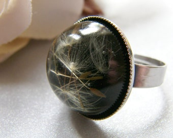 Real Dandelion Seeds Ring, Black Resin Ring, Nature Specimen, Make a Wish, Eco Friendly